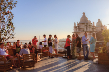 Lisbon's trendy buzz sets new tourism records